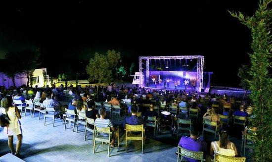 Guvercinlik, Tyrkiet: Amphitheatre