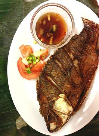 Filipino Restaurant: deep fried tilapia