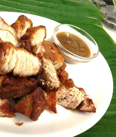 Filipino Restaurant: Lechon kawali