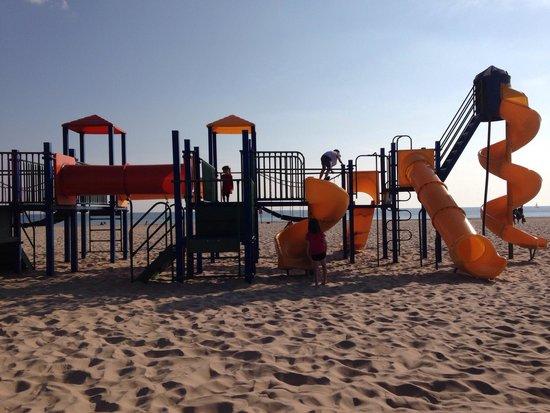 Pere Marquette Park: Beach playground.