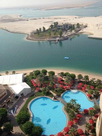 Khalidiya Palace Rayhaan by Rotana: View of beach/gardens from room