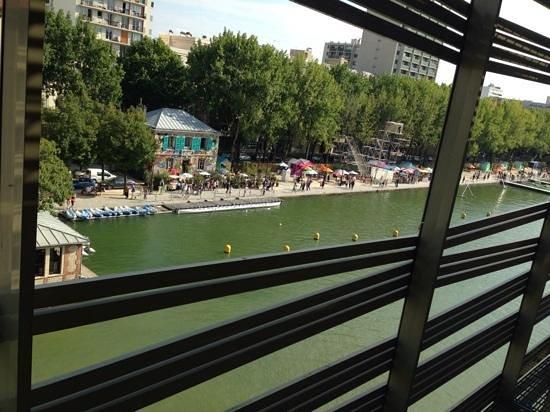 Holiday Inn Express Paris-Canal de la Villette : Canal de La Vilette