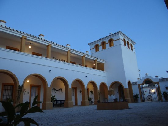 Hacienda la Morena : Binnentuin By Night