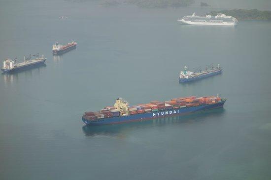 Kats Tours: The Panama Canal