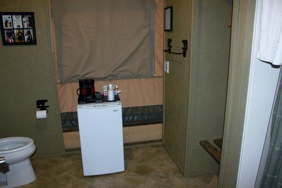 Vision Quest Safari Bed & Breakfast: Bathroom