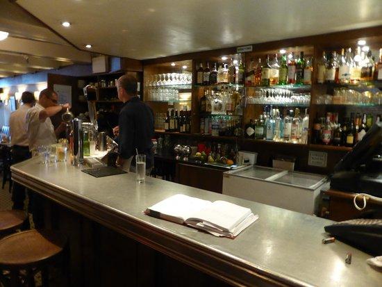 La Bonne Soupe : bar area