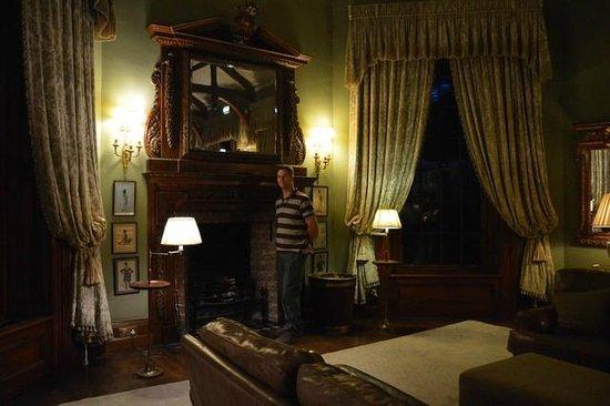 Castle Leslie Estate: Room