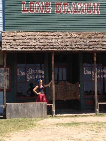 Boot Hill Museum : Long Branch Saloon girl