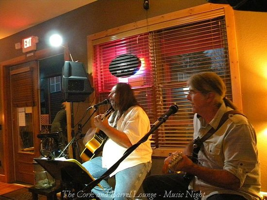 The Cork And Barrel Lounge: Great Music