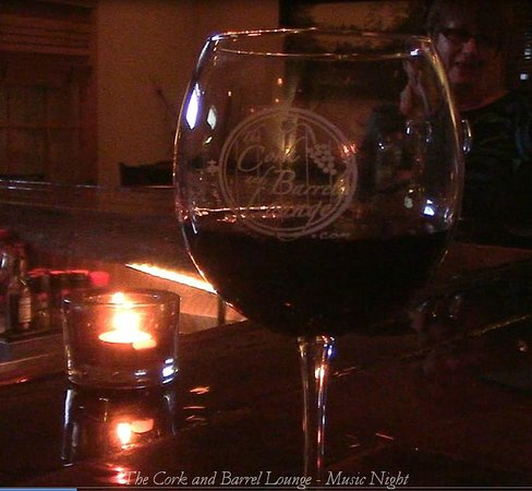 The Cork And Barrel Lounge: Fine Wines and Full Bar