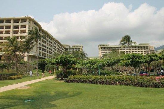 Resort Horizon: Территория