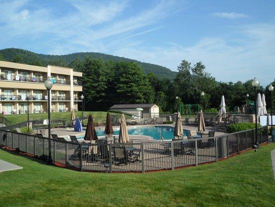 Holiday Inn Resort Lake George: Pool
