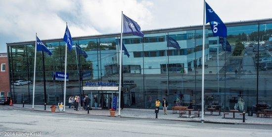 Volvo Museum: Museum exterior
