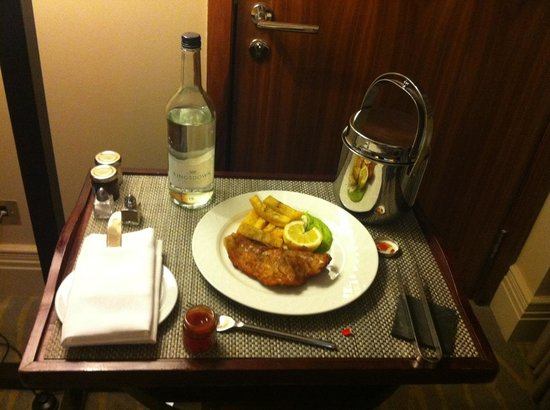 Threadneedles, Autograph Collection: In-room dining: Fish and Chips