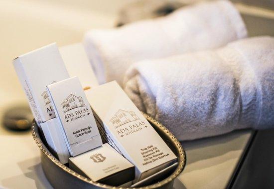Ada Palas Buyukada Boutique Hotel: Bathroom