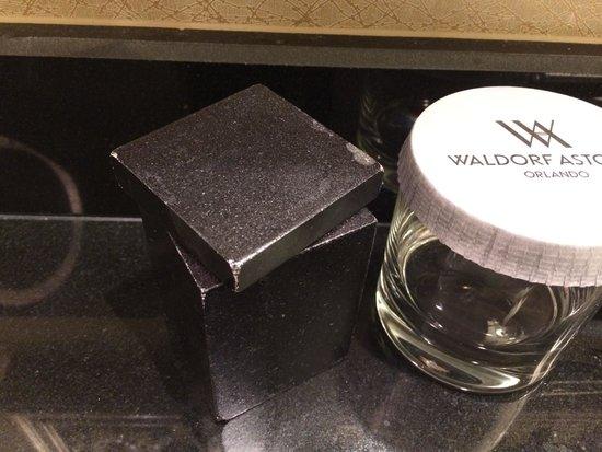 Waldorf Astoria Orlando: Old and tatty