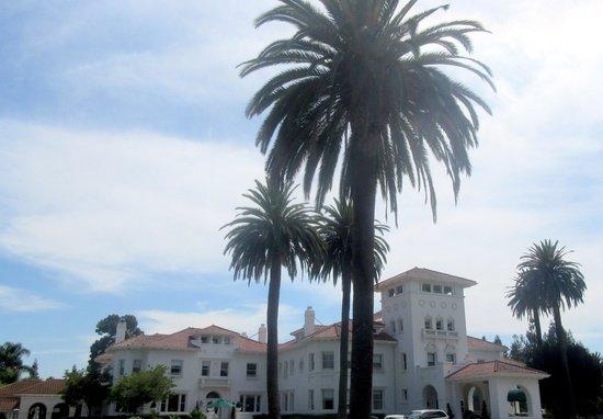 Dolce Hayes Mansion, San Jose, Ca