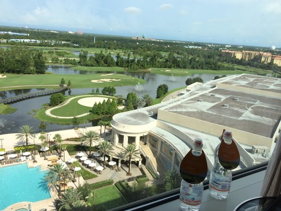 Waldorf Astoria Orlando: The view is stunning, but not sure it makes up for everything else.