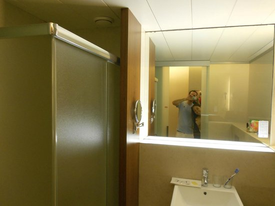 Turin Hotel : Bathroom