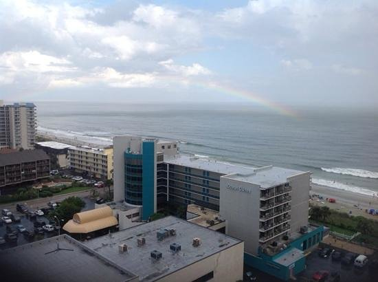 Sand Dunes Resort & Spa: treated to a rainbow one afternoon, how'd they do that?