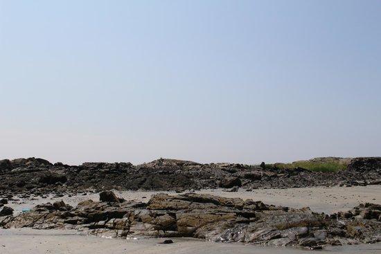 Rocks on Kennebunk Beach (Aug. 2014)