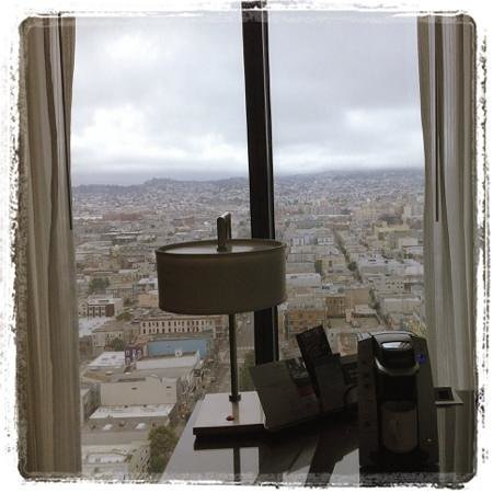 InterContinental San Francisco: morning coffee & great city views