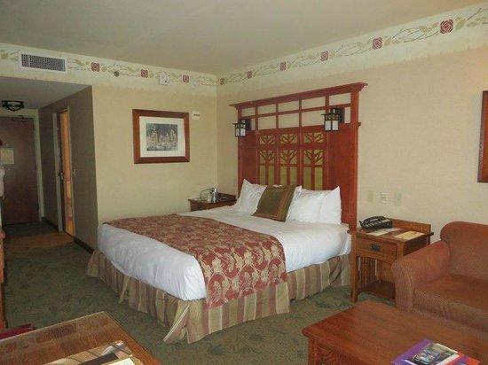 Disney's Grand Californian Hotel & Spa : Room interior 2