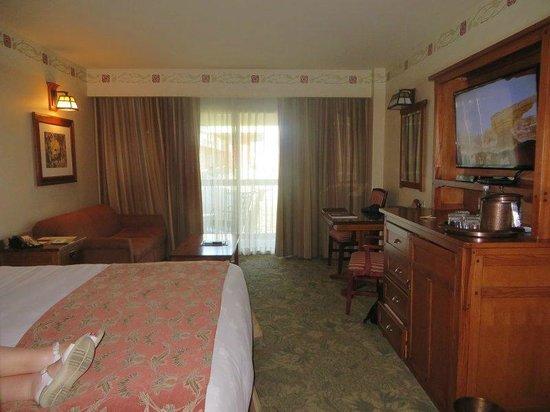 Disney's Grand Californian Hotel & Spa : Room interior 1