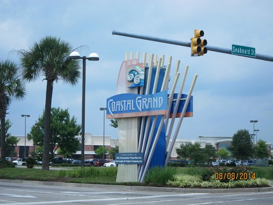 Coastal Grand Mall Road Sign