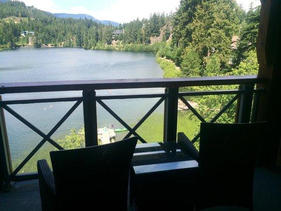 Nita Lake Lodge: Lake