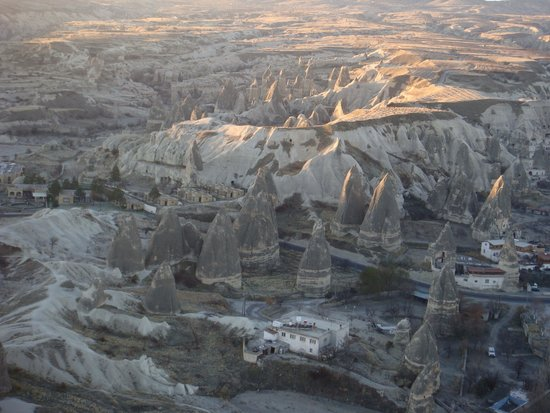 Goreme Balloons: Fairy chimneys