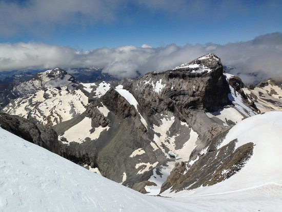 Hotel Abetos: The view from the top of Monte Perdido