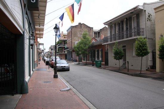 Dauphine Orleans Hotel: Street View
