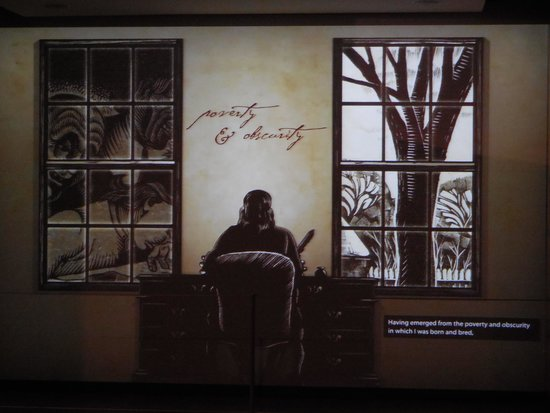 Benjamin Franklin Museum: listening to Ben Franklin