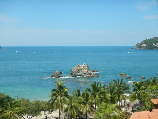 Embarc Zihuatanejo: View from the resort