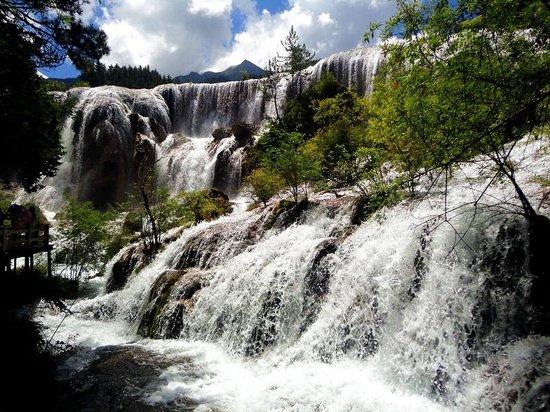 Jiuzhaigou Natural Reserve: 真珠浜の滝