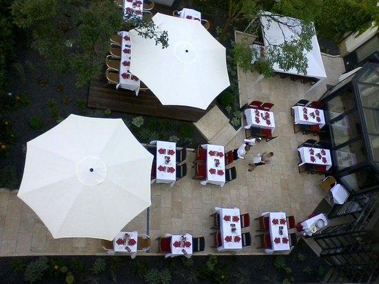 K+K Hotel am Harras Gartenrestaurant von oben