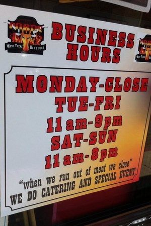 Coops Barbecue: business hours