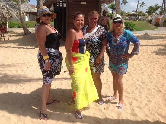 Breathless Punta Cana Resort & Spa : Beach area