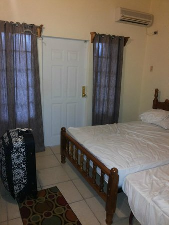 Spence Holiday Resort & Spence Terrace: bedroom