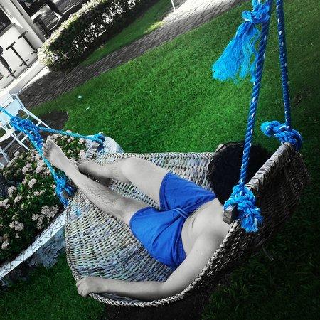 Paras Beach Resort: hammock