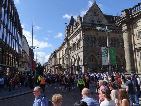 George Square: Vista para rua e dos eventos que ali ocorrem