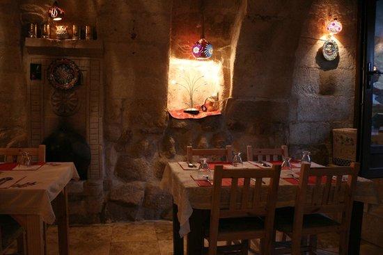 Pumpkin Goreme Restaurant and Art Gallery: 음식점 내부