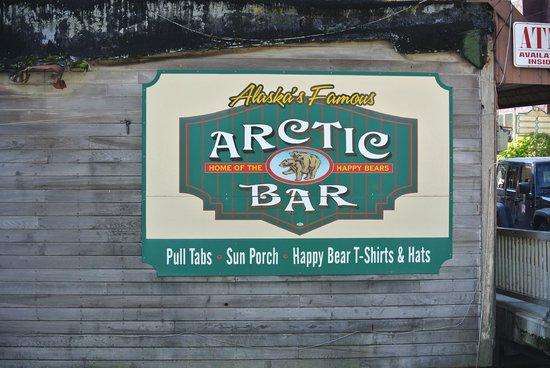 Arctic Bar: signage