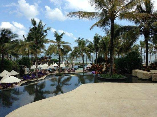 W Retreat & Spa Bali - Seminyak: Pool