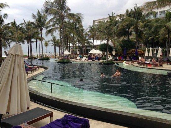 W Bali - Seminyak: Pool