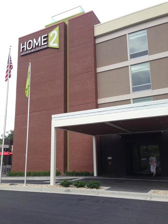 Home2 Suites by Hilton Baltimore / White Marsh: front of the hotel