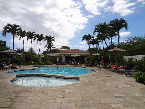 Maui Coast Hotel: Piscine