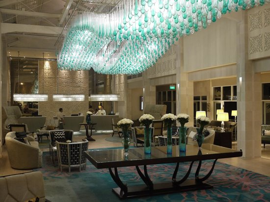 Sheraton Bandung Hotel & Towers: the new lobby and reception