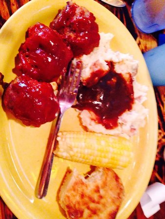Rookies Food & Spirits: Tuesday equals fresh meatballs, corn, biscuit and mashed and gravy!